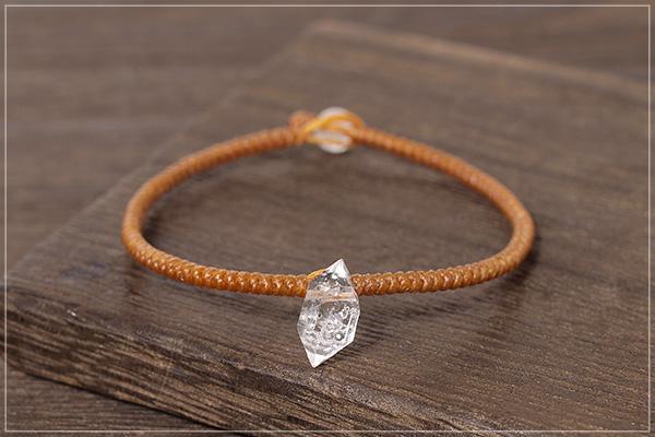 ハーキマーダイヤモンド+ヒマラヤ産水晶一粒つゆマクラメブレスレットNo.1