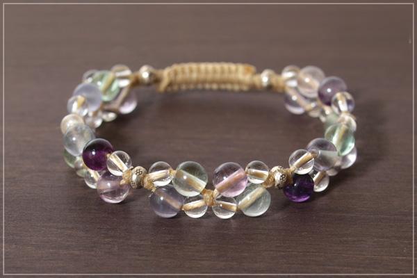 フローライト+水晶花*花マクラメブレスレット