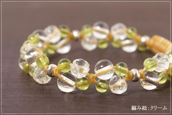 ロータス水晶+水晶+ペリドット花*花マクラメブレスレット
