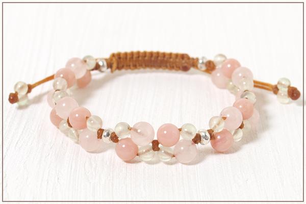 ローズクォーツ+ピンクオパール+プレナイト花*花マクラメブレスレット