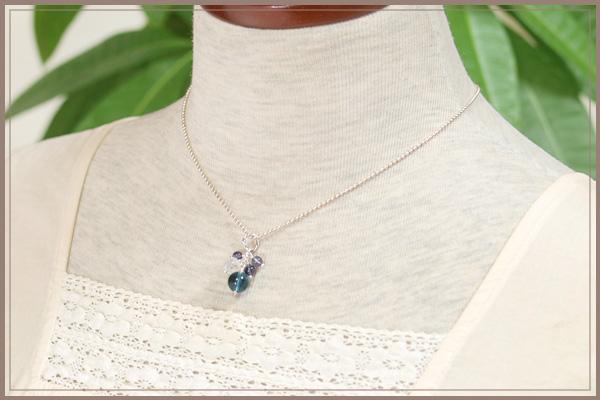 ブルーフローライト+ロータス水晶+アイオライト花*花ペンダントトップ