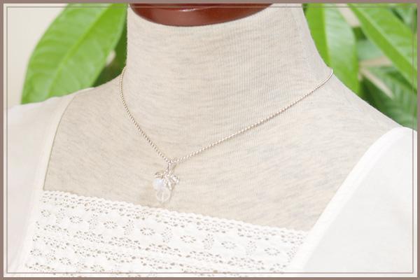 ロータス水晶+レインボームーンストーン+水晶花*花ペンダントトップ